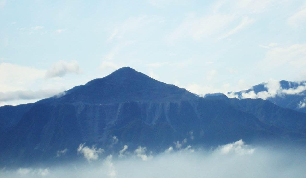 武甲山 現在